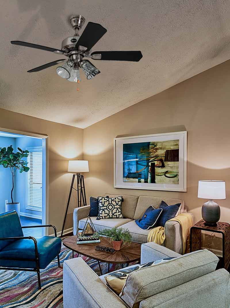 Seasons Quick-Install Ceiling Fan